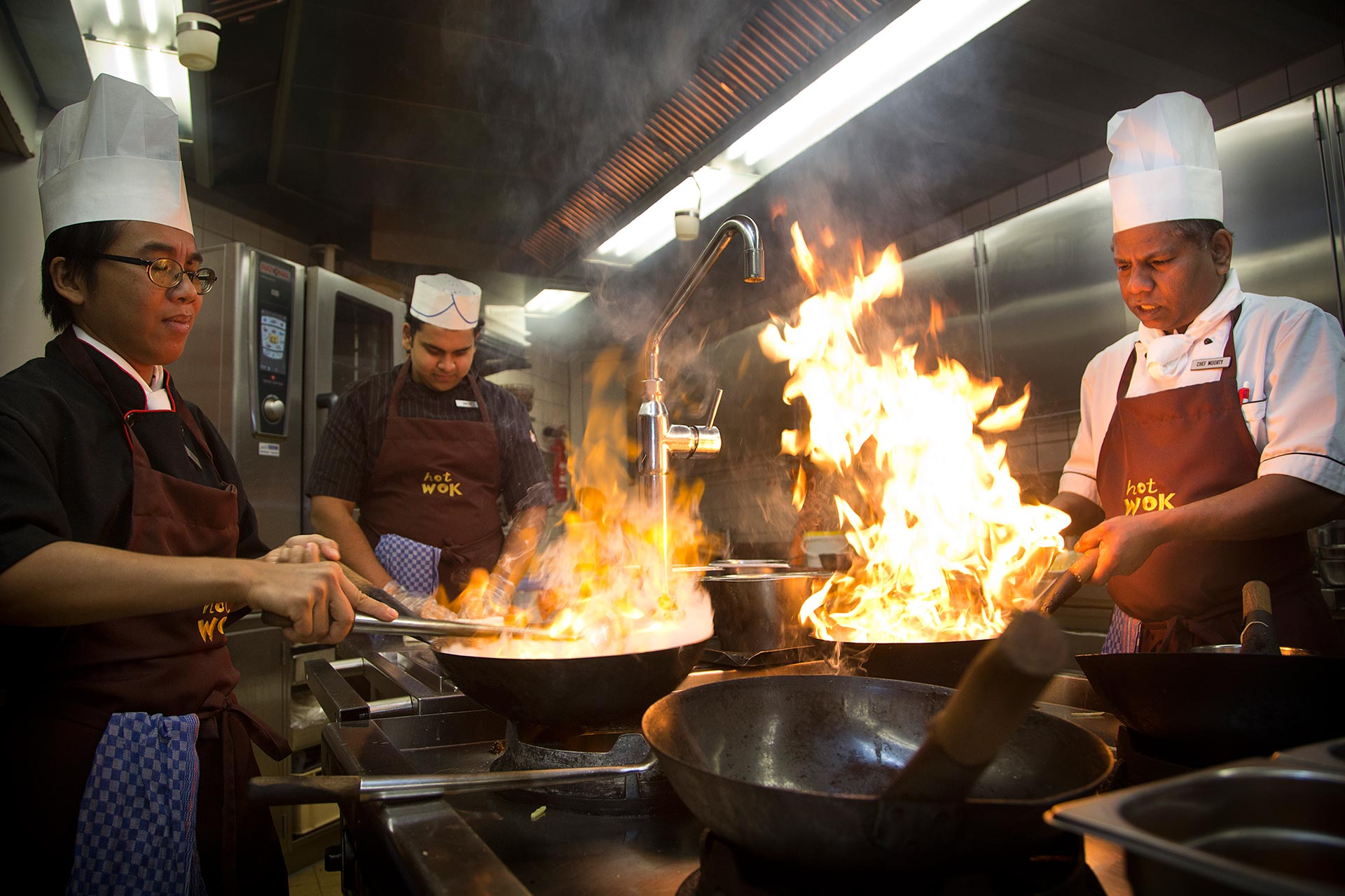HOT WOK Restaurant - Taste the difference